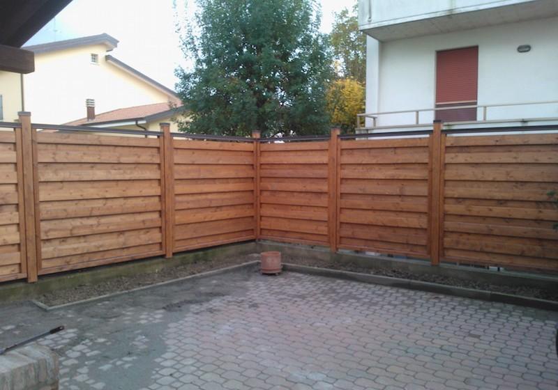 Frangivento in abete e colonnine in legno lamellare vz strutturevz strutture strutture in legno - Pannelli fonoassorbenti per giardino ...