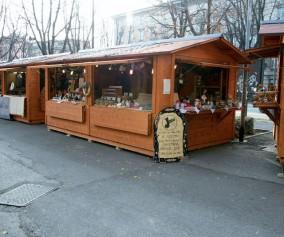 Chiosco in legno di abete  a pannelli trasportabile