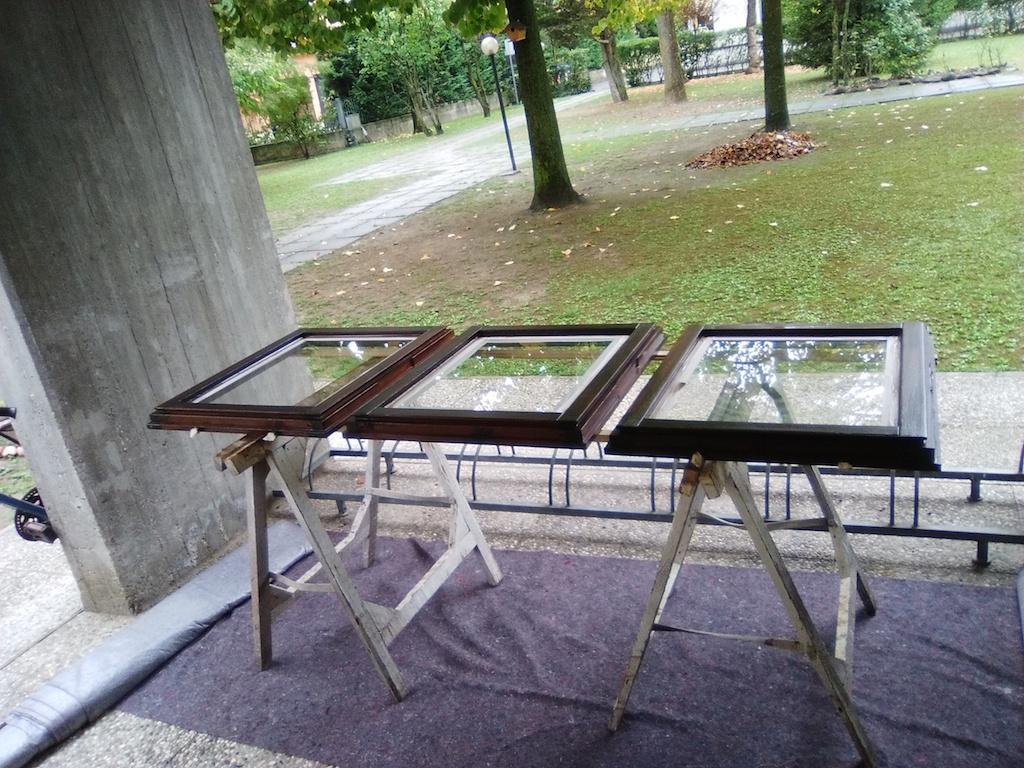Manutenzione alle finestre non perdere tempo vz strutture - Manutenzione finestre in legno ...
